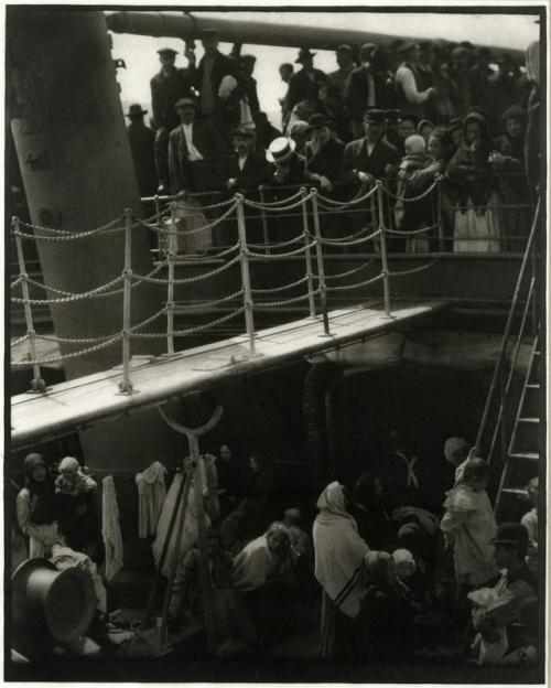 alfred-steiglitz-the-steerage-19071